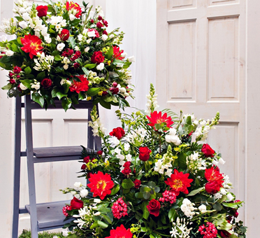 Pedestal Displays